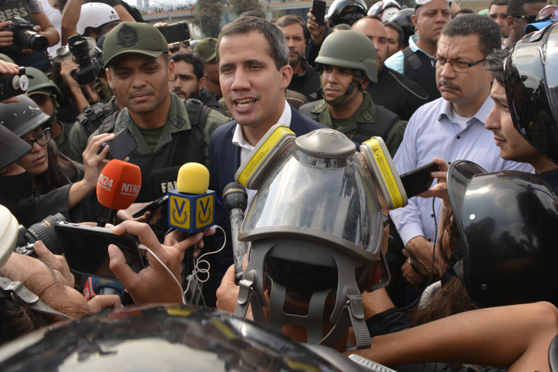 瓜伊多呼籲軍隊起義推翻馬杜羅 美政府支持