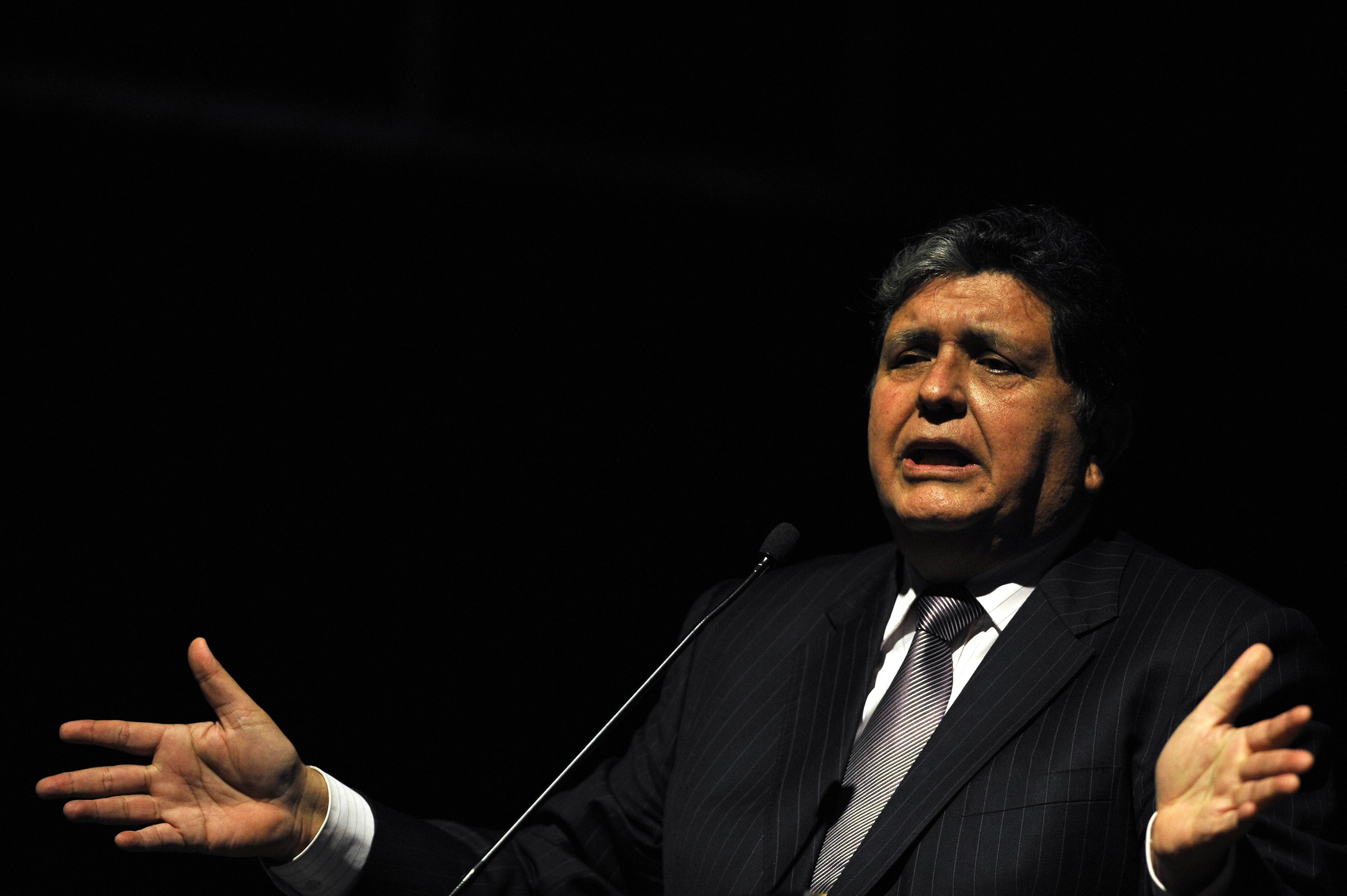 秘魯前總統阿蘭·加西亞周三(4月17日)在家中開槍自殺,送醫不治身亡。(LUIS ROBAYO/AFP/Getty Images)