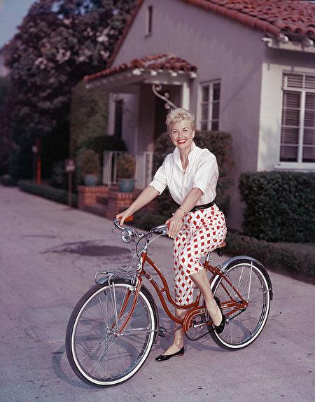 1950年代晚期的桃樂絲·黛。(Hulton Archive/Getty Images)