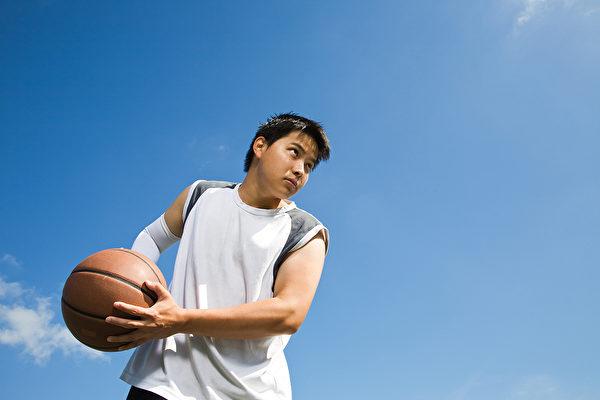 青春期是人的第二個生長加速期,如何幫助孩子快速長高?(Shutterstock)