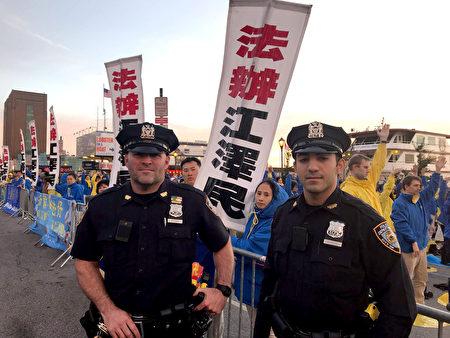 維安的警察表示他們都知道法輪大法好,都知道共產黨迫害法輪功。