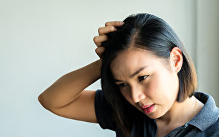 医师:晚上11点前睡觉 改善掉发 发质也变好
