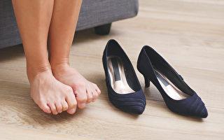 穿高跟鞋会对脚产生很大伤害吗?手术后可否穿高跟鞋?(Shutterstock)