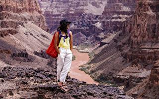 凉鞋潮设计 织带流露美国大峡谷风貌