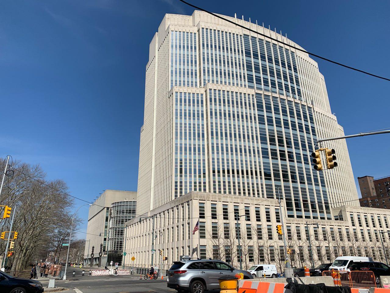 紐約東區聯邦檢察官提出一項動議案,要求取消華為公司辯護律師的資格。圖為布魯克林的紐約東區聯邦法院。(蔡溶/大紀元)
