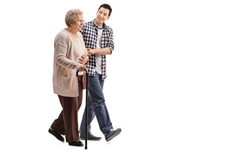 年輕人與老婦,young man and old woman