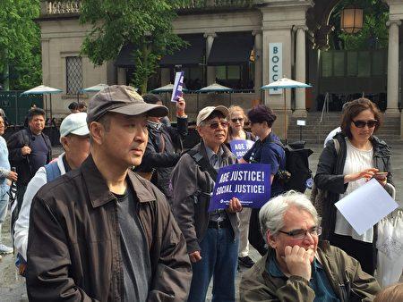 华裔耆老参加了23日的活动。