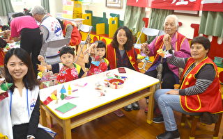 韩国奶奶包粽初体验 呼吁在地企业爱老人认助