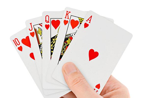 不愧世界冠军 台魔术师技惊《美国达人秀》