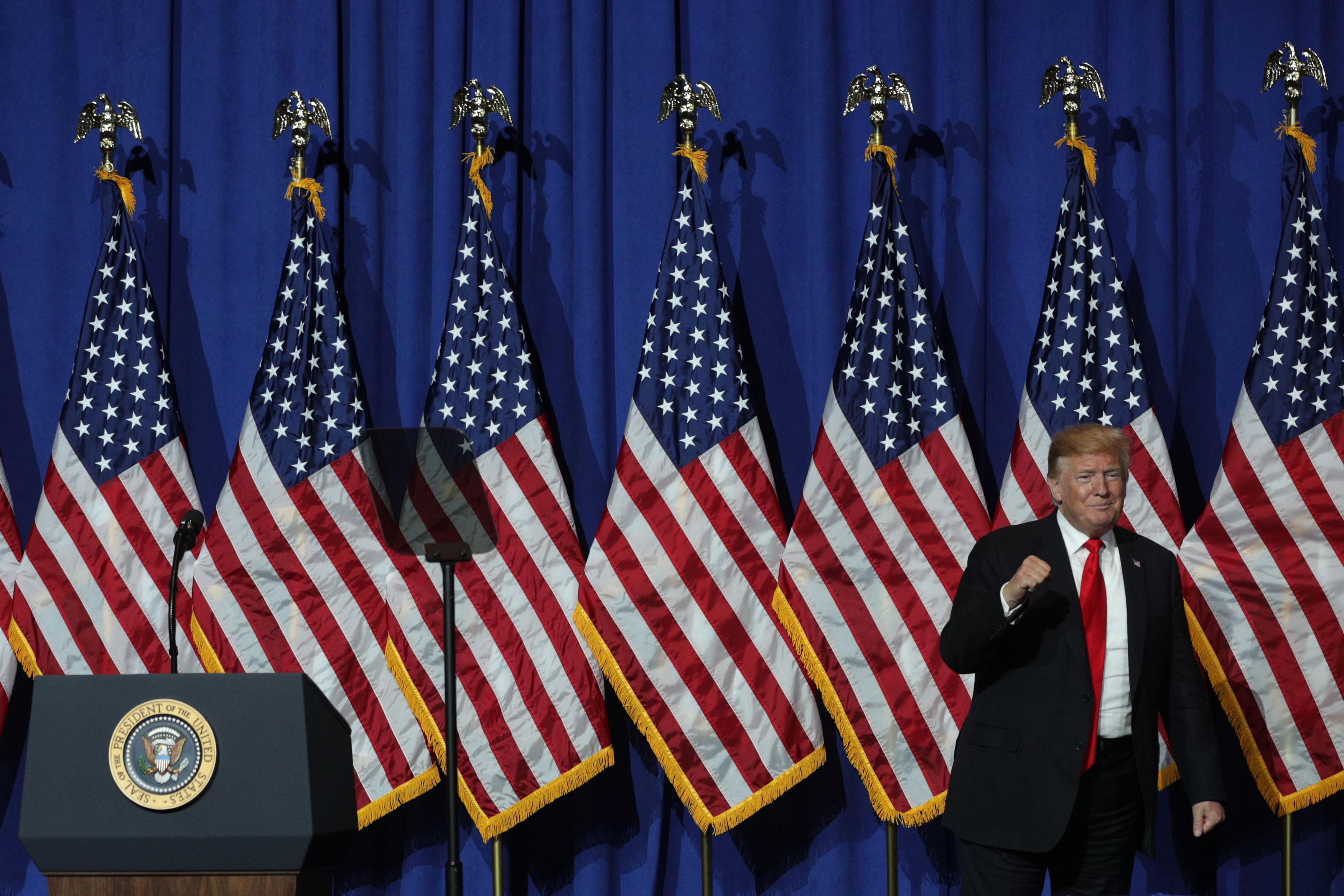 特朗普總統5月19日發推文說:「如果伊朗想要打戰,其將正式終結。永遠不要再威脅美國!」(Alex Wong/Getty Images)