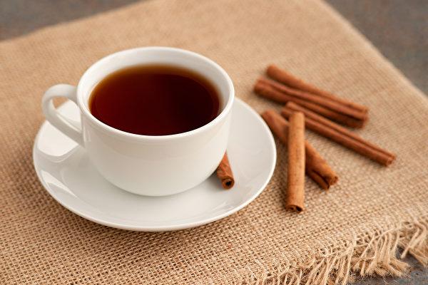 肉桂茶可以调节自律神经,改善忧郁情绪。(Shutterstock)