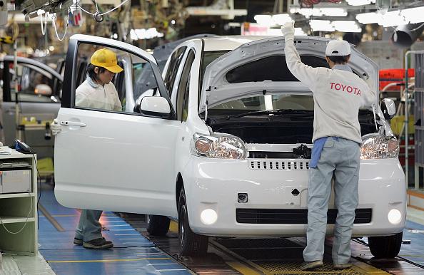 日本汽車製造商協會數據顯示,其美國工廠創造了近94,000個製造業崗位,超過160萬個間接工作崗位。(Junko Kimura/Getty Images)