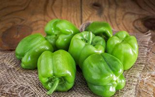 """青椒是""""维生素C宝库"""" 这样吃减少营养流失"""