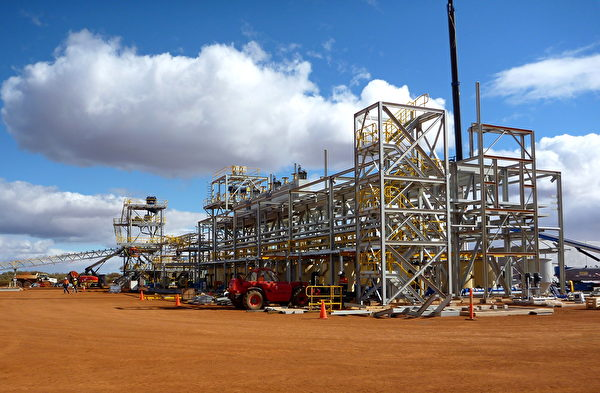 萊納斯公司在2010年10月發佈的照片,顯示該公司在西澳地區建造一座稀土濃縮廠。(Lynas Corporation / Lynas Corporation / AFP)