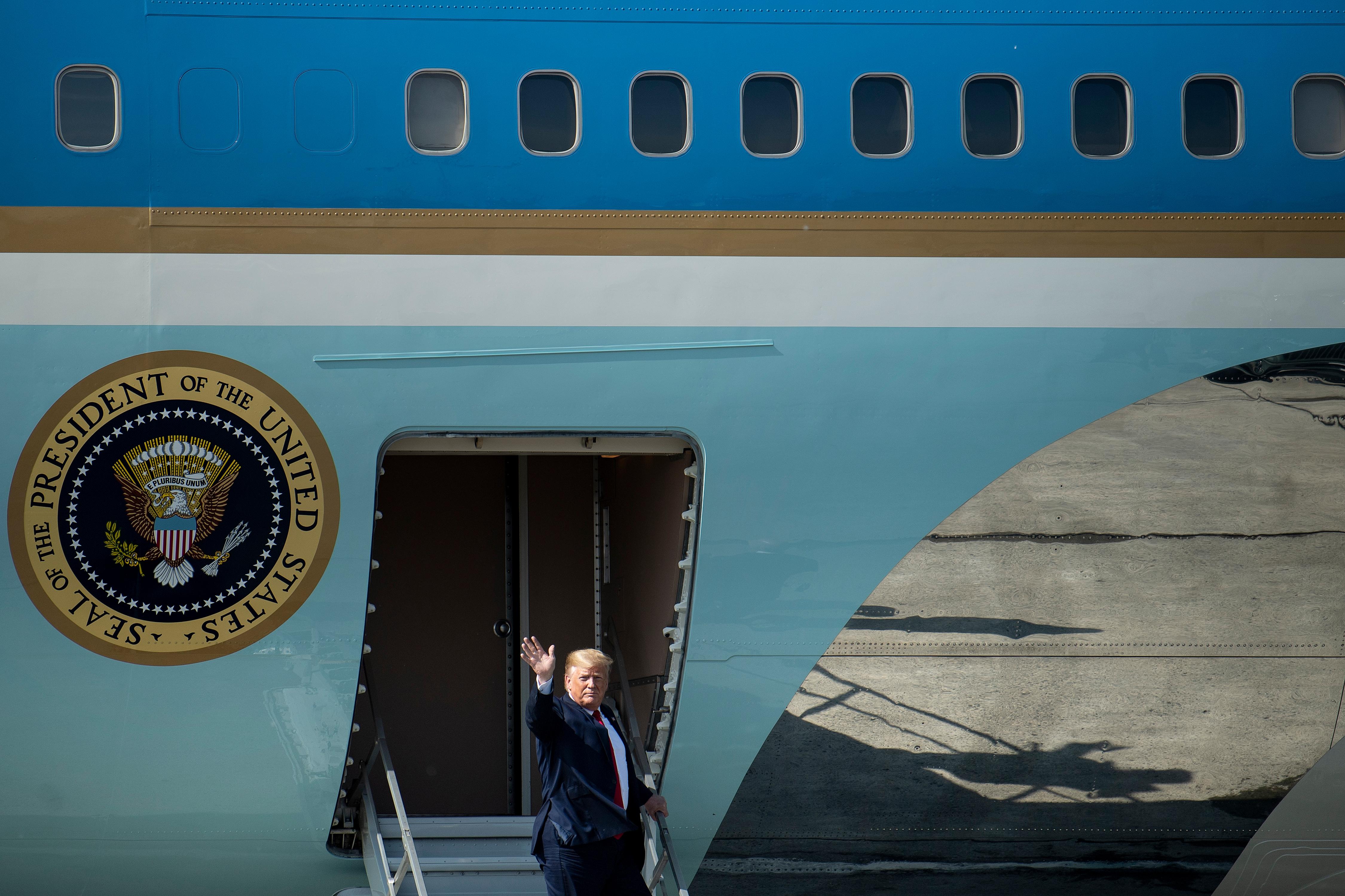 特朗普:經濟數字勝於評論 美國沒有經濟衰退