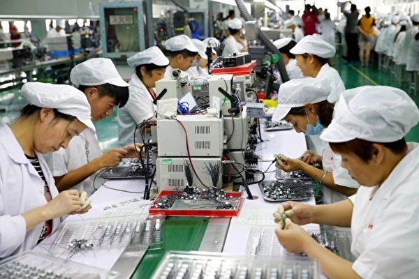 「到底要命還是要拼經濟」是中國目前強行復工面臨的窘境。圖為示意照。(AFP)