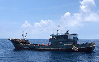 台中海巡队查获陆船越界 查扣36公斤猪肉制品