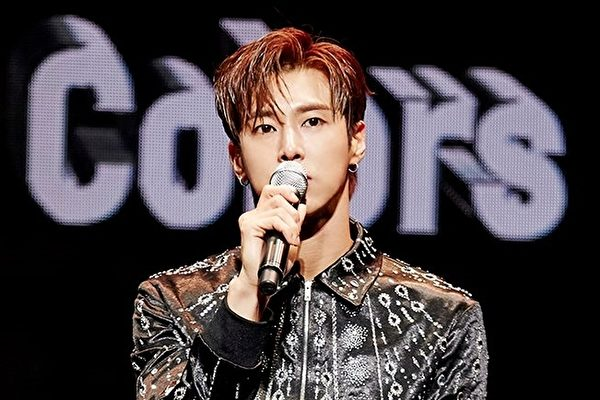 允浩《True Colors》摘韓榜單週排行榜冠軍
