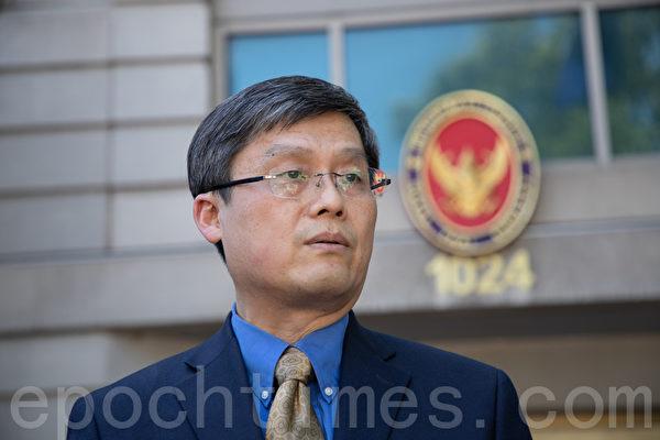 「希望之聲」發言人Frank Lee表示,希望之聲提供獨立的、不受中共審查的新聞內容。(林樂予/大紀元)