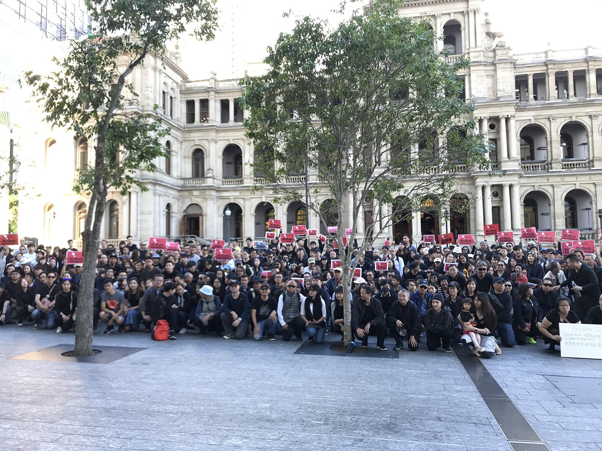 6月9日布里斯本集會聲援香港反送中條例。(林紫/大紀元)