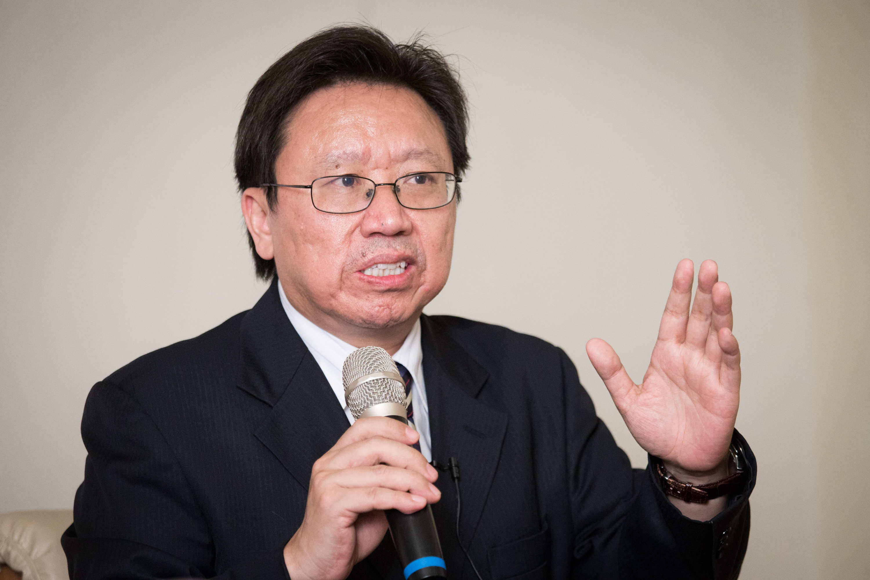 旅美中國作家陳破空2日說,此次美中談判的協議內容,美國與中國人民的利益完全一致(陳柏州/大紀元)