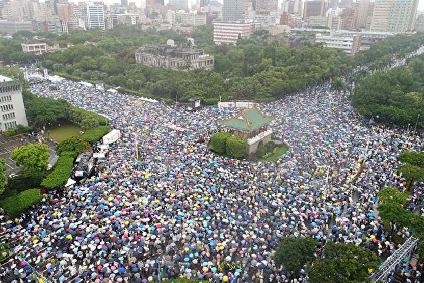 袁斌:台灣反紅媒與香港反送中