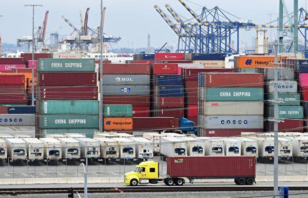 美中貿易戰波及 貨櫃司機轉行開Lyft