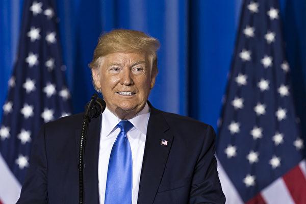 特朗普總統針對記者提出的各類關於貿易戰和中美關係的問題,做出了相應的回答。(Tomohiro Ohsumi/Getty Images)