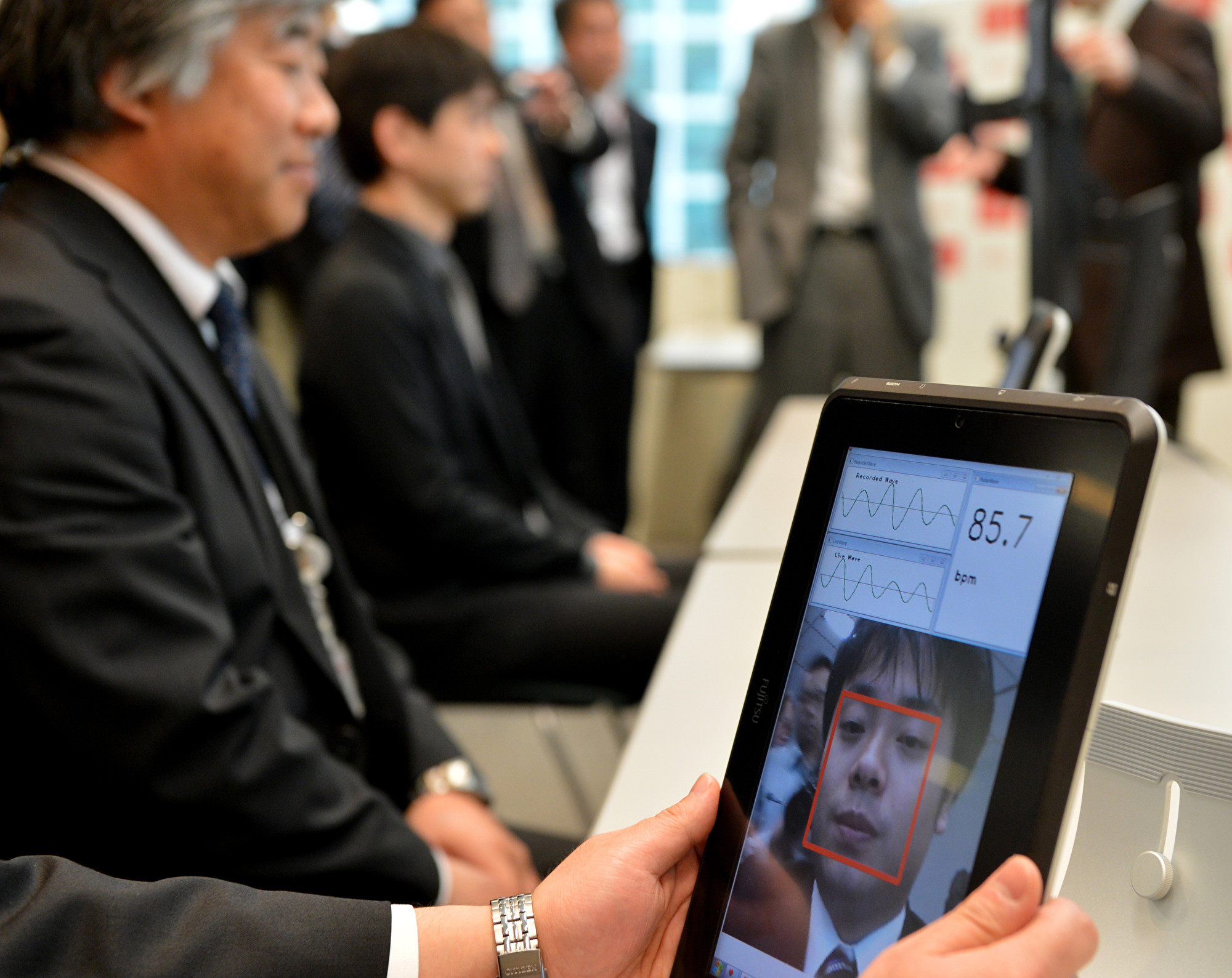中美科技戰,日本臉部識別和其它安全設備供應商意外獲益。 (YOSHIKAZU TSUNO/AFP/Getty Images)