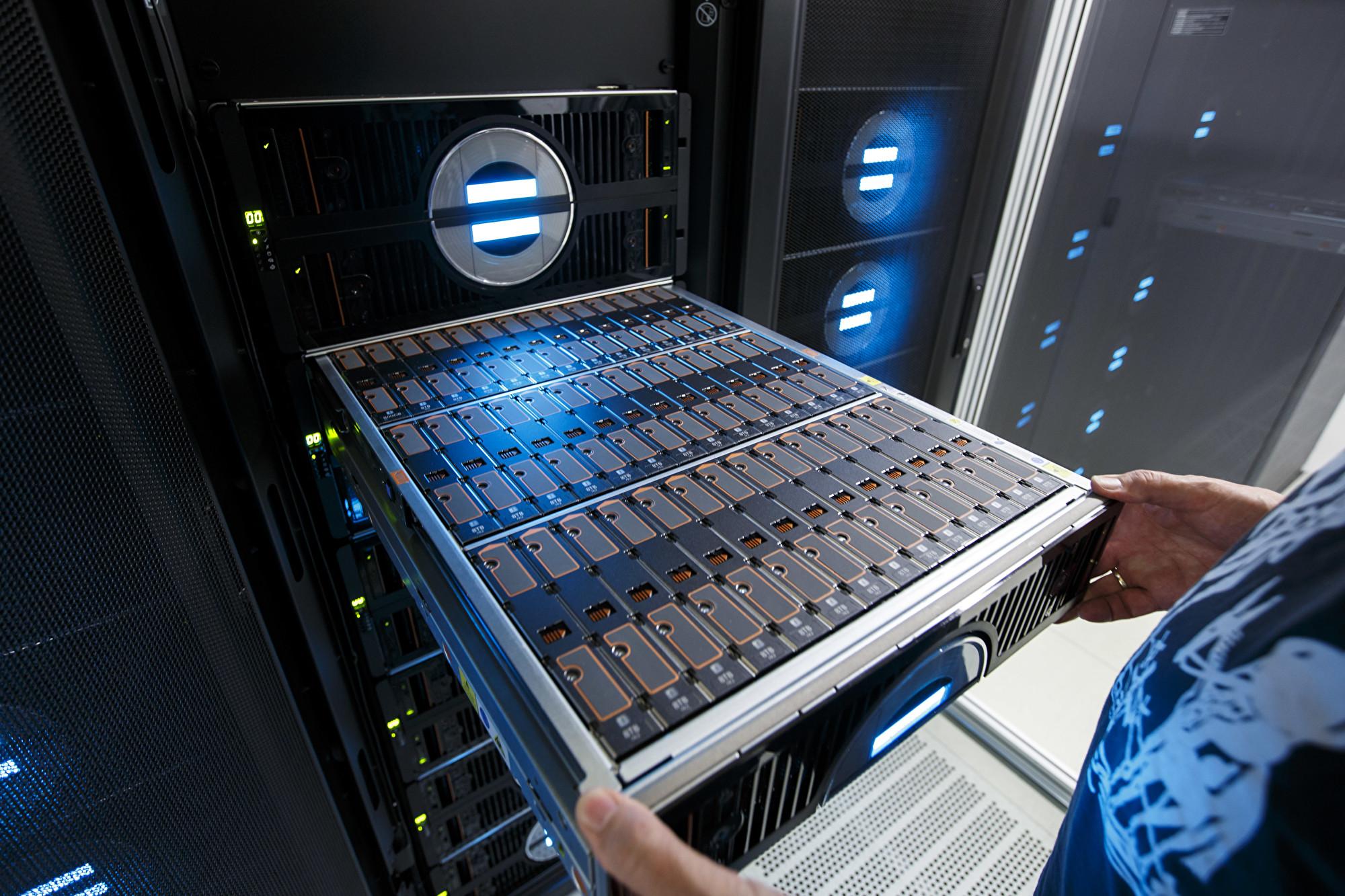 分析:美為何對中共超級電腦業祭禁令