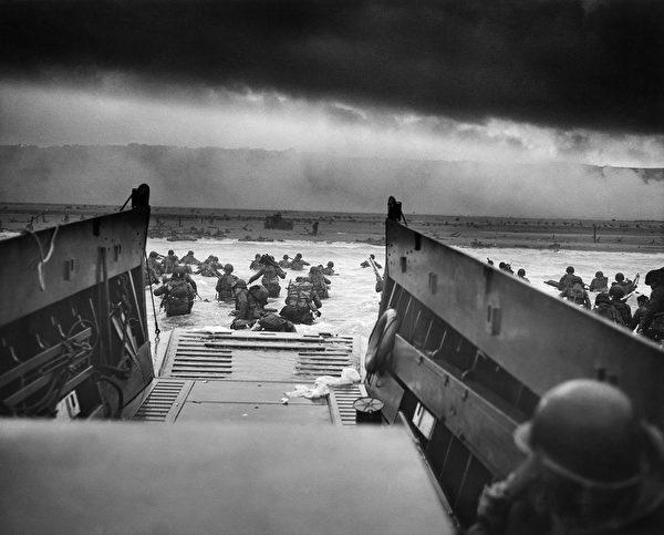 1944年6月6日「諾曼底登陸」。(公有領域)