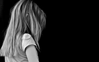 垃圾桶觅食睡狗窝 维州女童遭母虐待境遇惨
