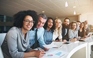 员工工作开心 加拿大职场满意度全球领先