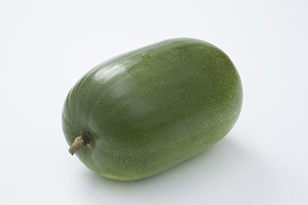 冬瓜不仅消暑热,还有很好的减肥、消水肿、降血脂的功效。(Shutterstock)