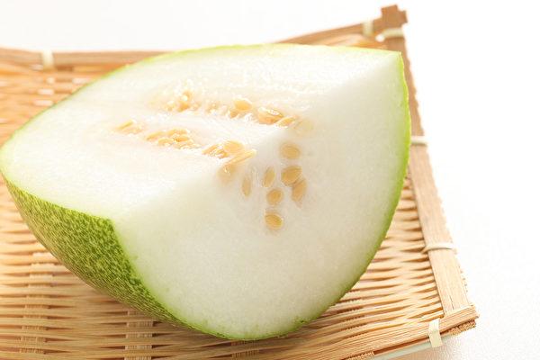 冬瓜全身是宝,冬瓜子、冬瓜皮、冬瓜瓤皆有独特的药用功效。(Shutterstock)