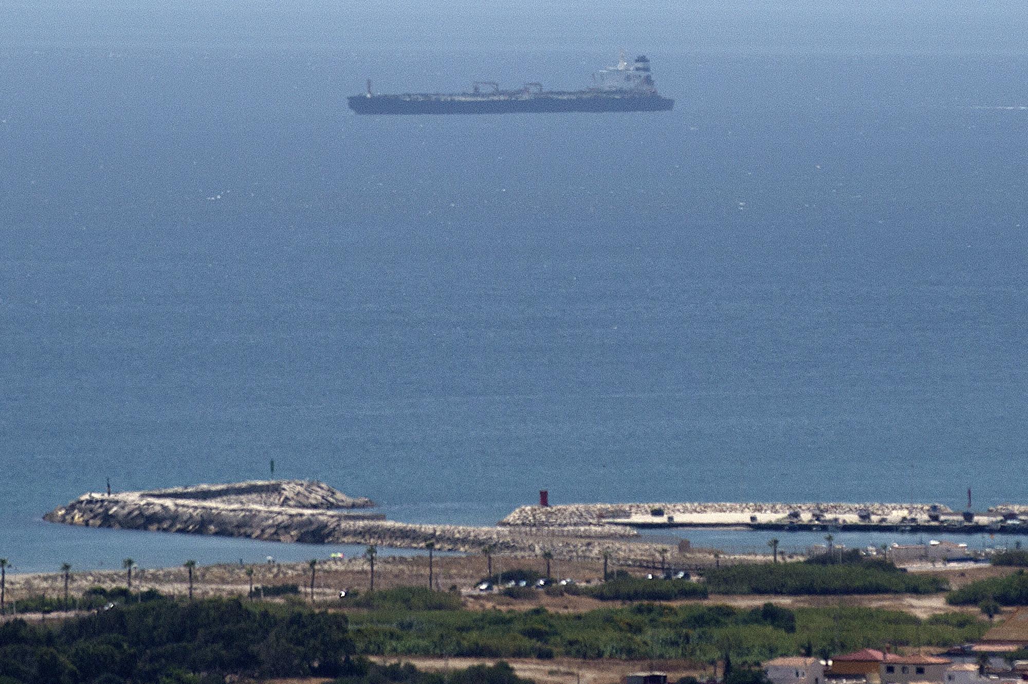 涉嫌違反歐盟制裁 一超級油輪被扣直布羅陀