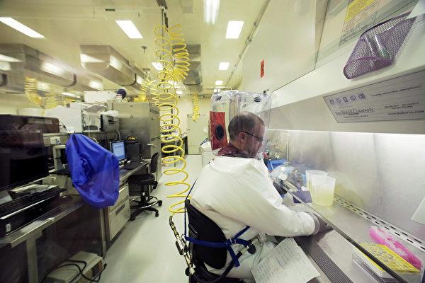 溫尼泊國家微生物實驗室是加拿大唯一一家4級病毒學實驗室,是北美少數幾個具備處理埃博拉病毒等,要求最高密封級別病原體的實驗室之一。(加通社)
