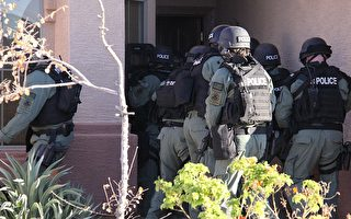 ICE突袭密西西比工厂 近700名黑工被抓