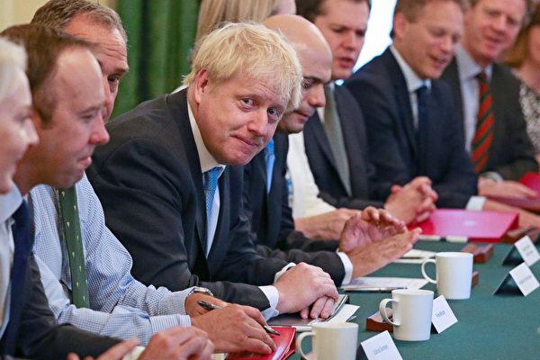 7月25日上午,英國新上任的首相鮑里斯·約翰遜舉行了首次內閣會議。(Aaron Chown – WPA Pool/Getty Images)