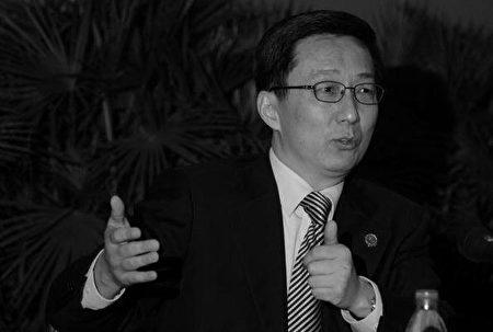 在中美貿易談判破裂後,20多名中共高層領導人參加的一次內部會議上,國務院副總理韓正批評了擬議中的中美協議。(China Photos/Getty Images)