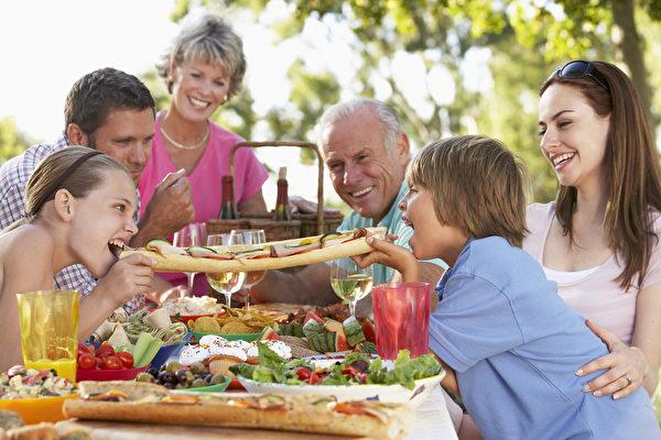 居家隔離 7項活動讓你有度假休閒般生活