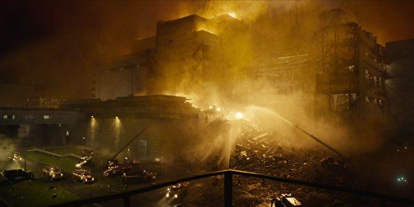 旨在揭開史上最慘烈核災真相的劇集《切爾諾貝利》(Chernobyl)劇照。(HBO公關提供)