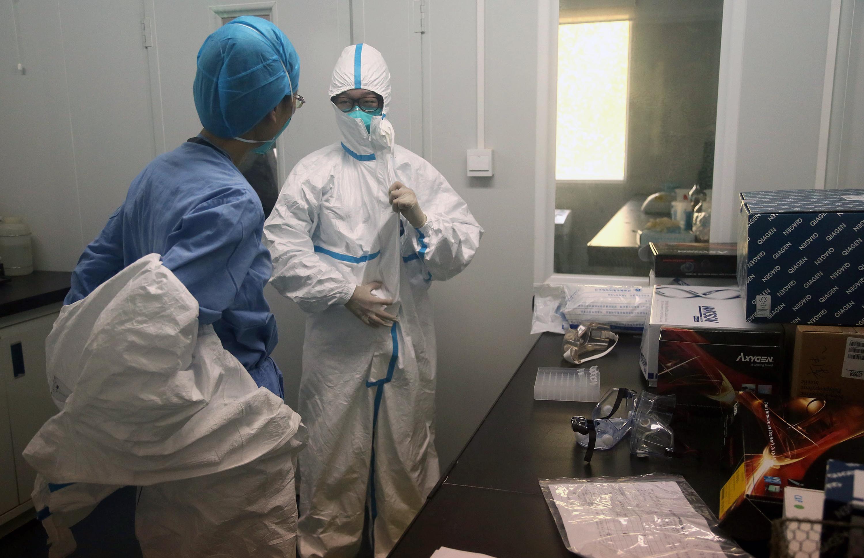 為防範中共竊密,美國政府正持續擴大對中國科學家的監控。圖為示意圖。 (STR/AFP/Getty Images)