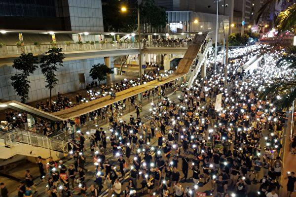 杨宁:港警勿效仿中共六四屠城军人成帮凶