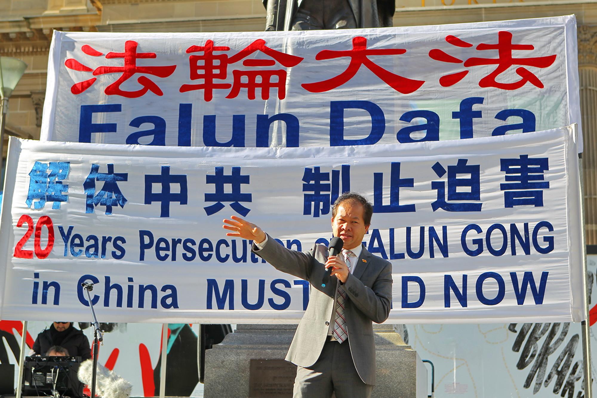 澳洲越南社區協會主席阮本(Bon Nguyen)表示,中共的發展是建立在非人道價值觀上的。(陳明/大紀元)