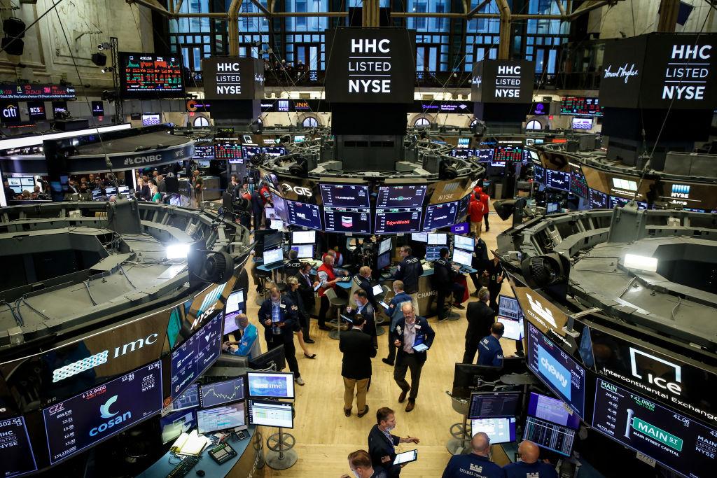 市場預期美聯儲減息 道指納指創收市新高