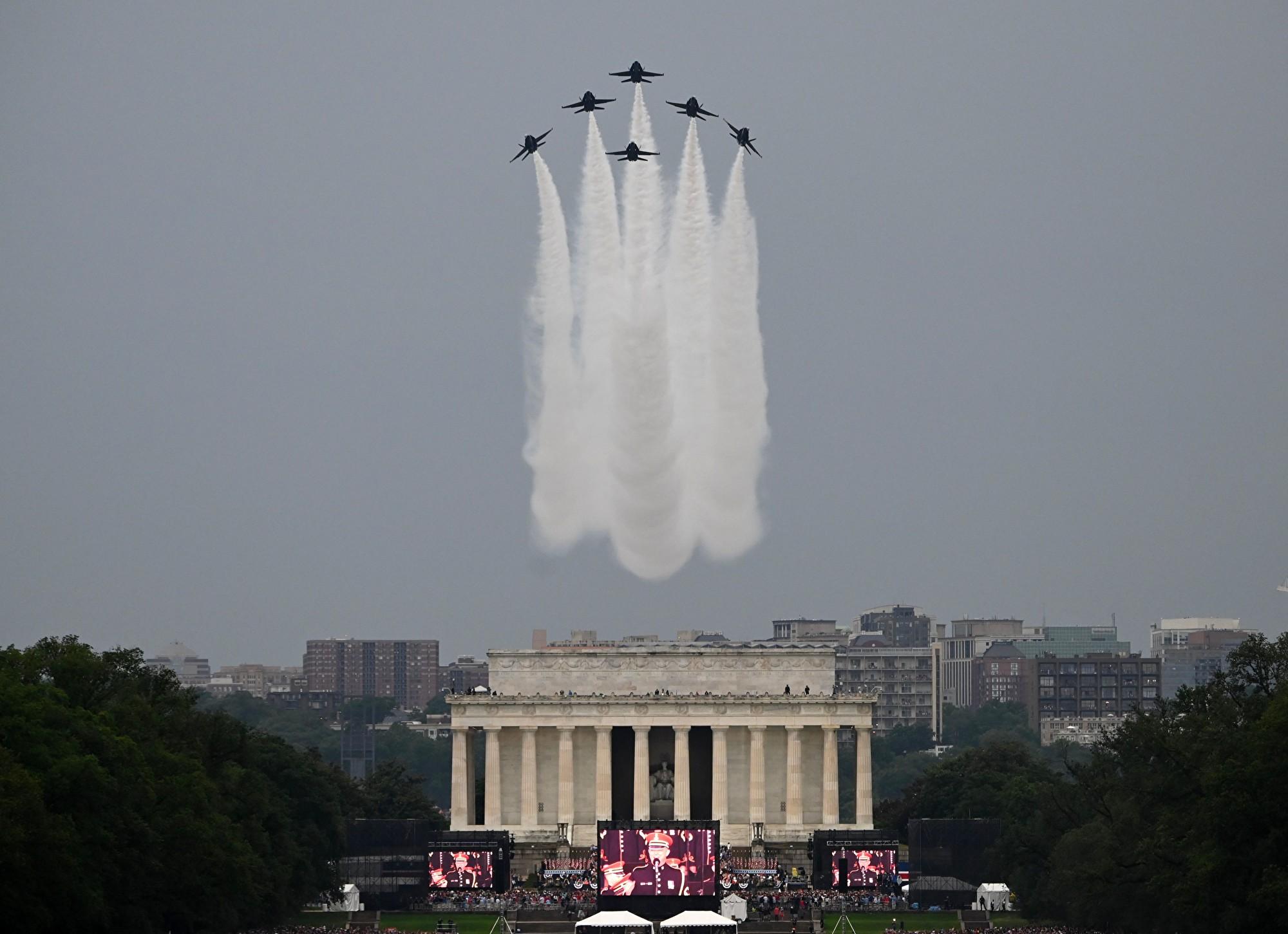 組圖:特朗普獨立日閱兵 展示哪些先進軍機