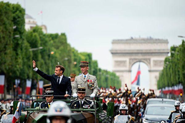 法國國慶日大閱兵 展示歐洲盟軍實力