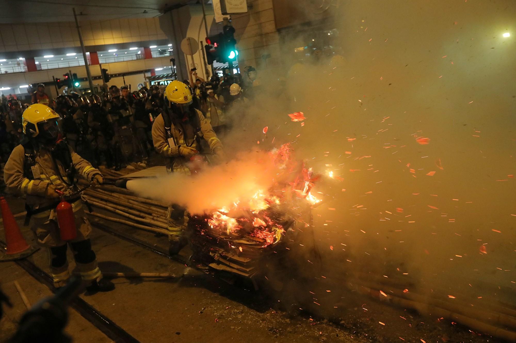 戈壁東:香港已經是個充滿瓦斯的鐵皮屋