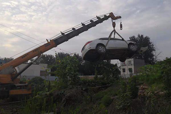 河南村民开车撞死强拆官员幕后真相